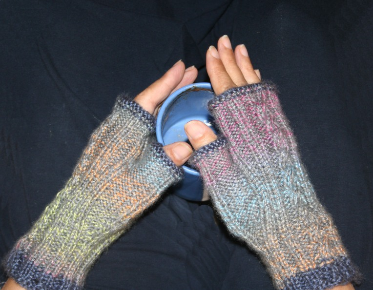 fingerless-mitts2crop