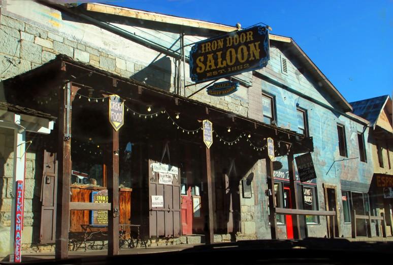 Saloon_1721