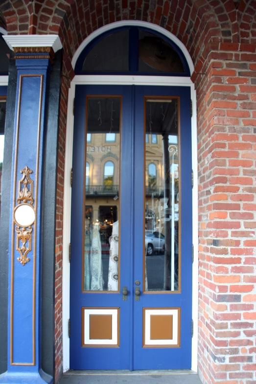Blue door_2787